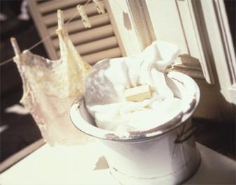Половой член хозяйственным мылом